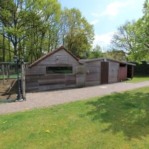 De Karweier - Renovatie tuinhuis 1