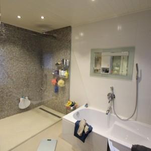 De Karweier - Vernieuwing badkamer 2